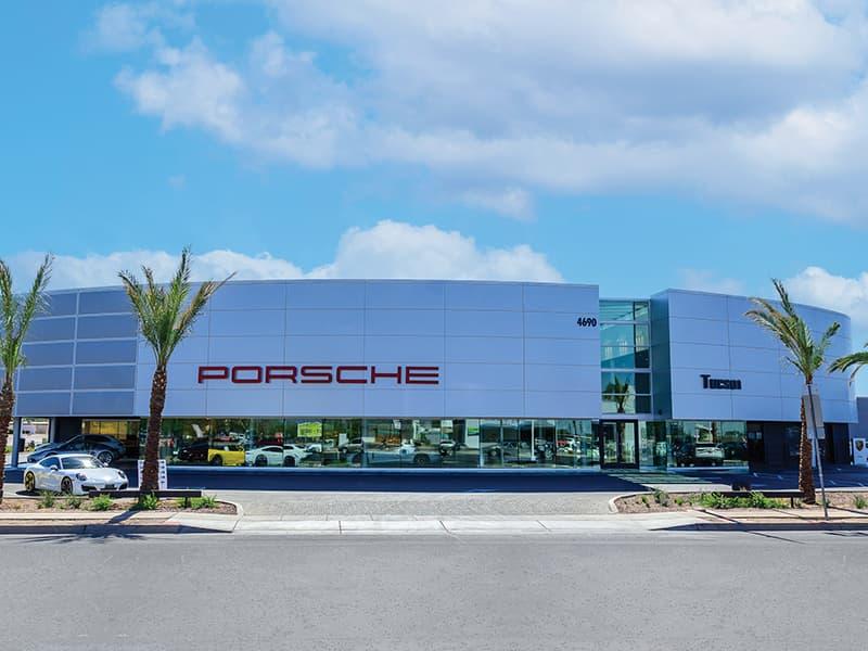 Porsche Tucson